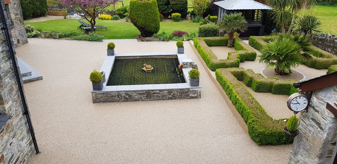 Resin Gravel Patio